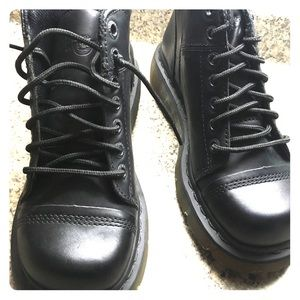 Dr. Martens Boots New